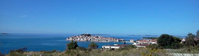 Na estrada: Primosten e Zadar