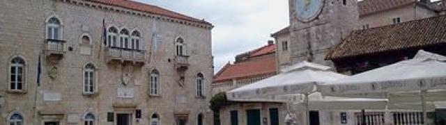 Na estrada: Trogir, Croácia